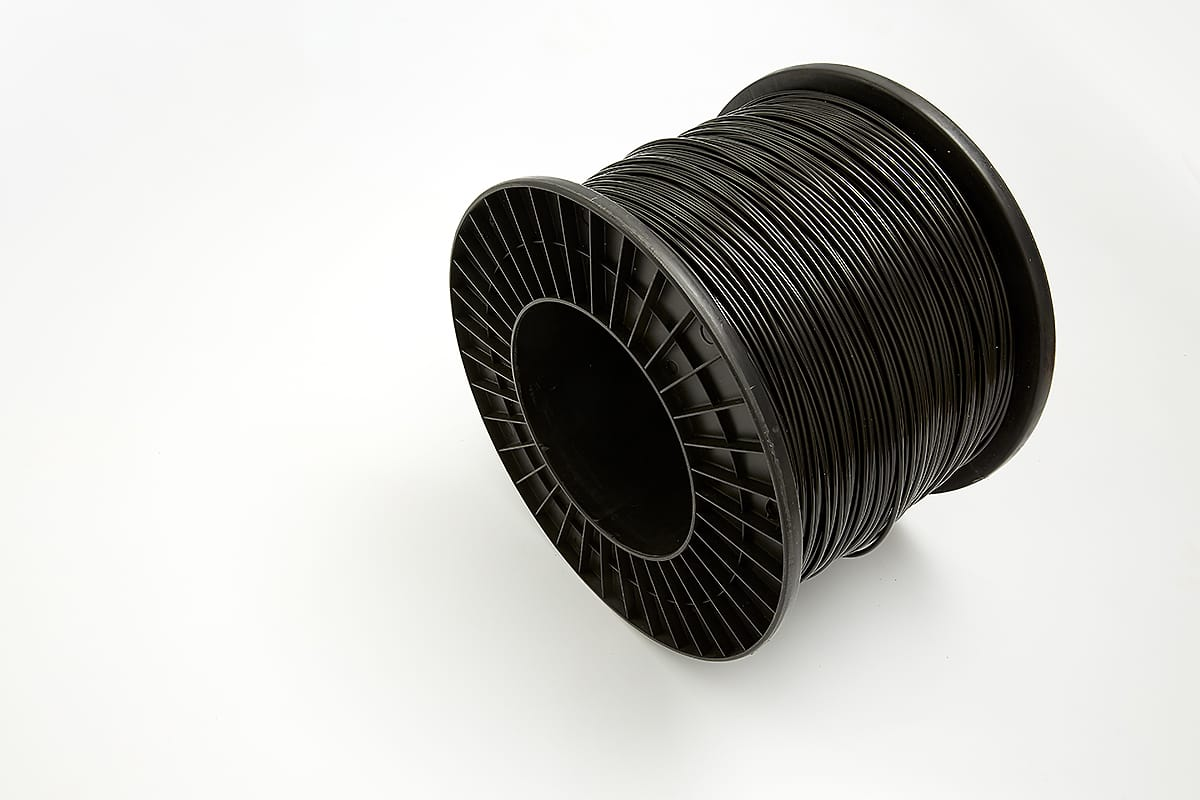 Border Line Round Black Roll - Stock and Noble