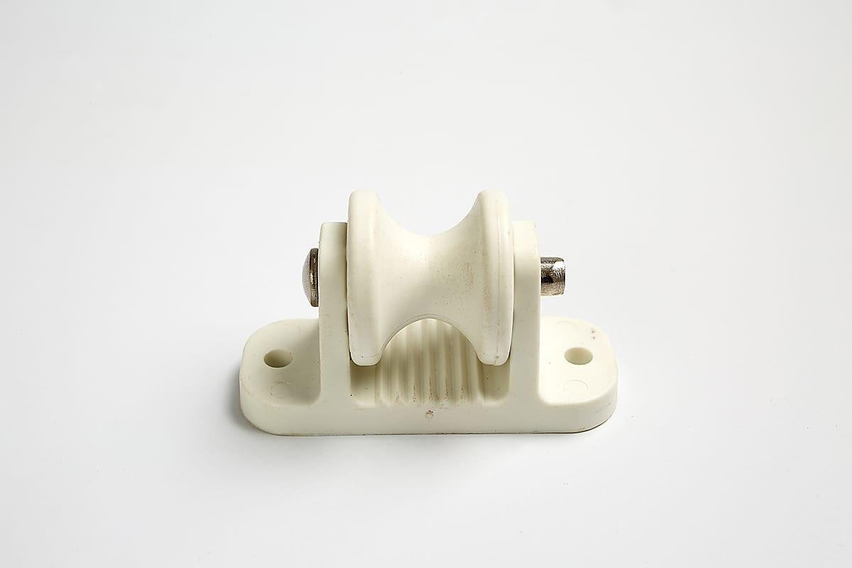 Roller Post Insulator White - Stock and Noble